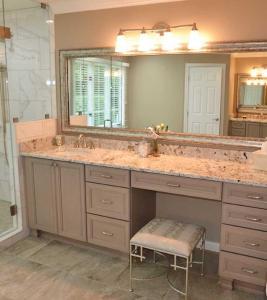 miller vanity shower